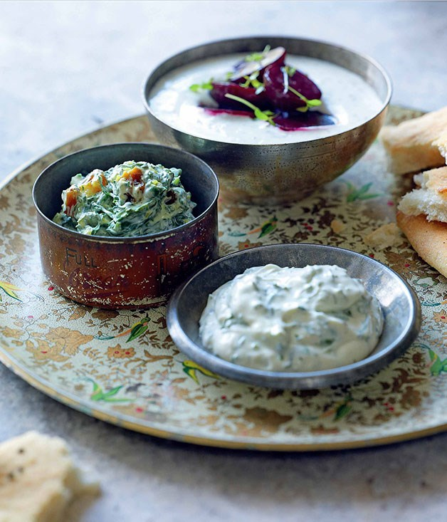 Borani-ye esfenaj (spinach, turmeric and golden raisin dip)