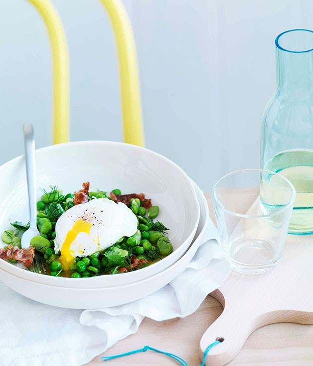 **Broad bean, crisp pancetta and poached egg salad**