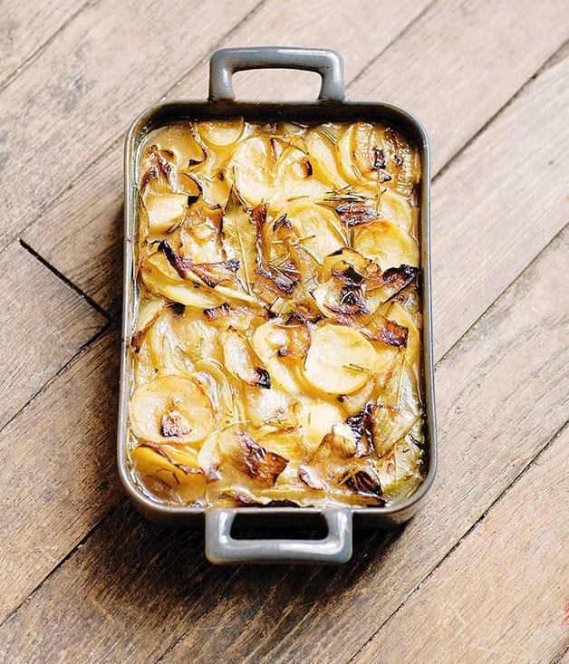 **Gratin de pommes de terre boulanger (potato gratin boulanger)** **Gratin de pommes de terre boulanger (potato gratin boulanger)**    [View Recipe](http://www.gourmettraveller.com.au/stephane-reynaud-gratin-de-pommes-de-terre-boulanger-potato-gratin-boulanger.htm )     PHOTOGRAPH **FREDERIC LUCANO**
