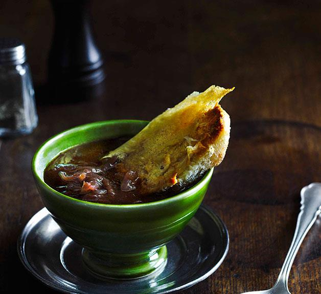 Onion soup with bone marrow and parmesan croûtons