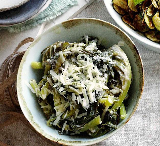 Cavolo con le uova (kale with eggs)