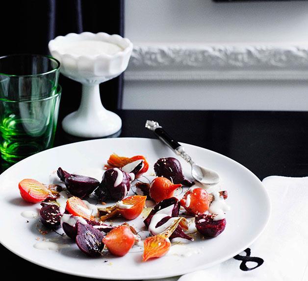 Beetroot salad with yoghurt and oregano dressing