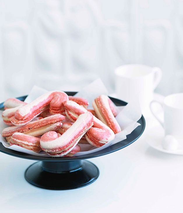 Adriano Zumbo: Candy cane macarons