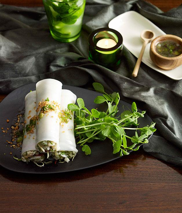 "[Steamed noodle rolls with crab, ginger and spring onion](https://www.gourmettraveller.com.au/recipes/chefs-recipes/martin-boetz-steamed-noodle-rolls-with-crab-ginger-and-spring-onion-7370|target=""_blank"")"