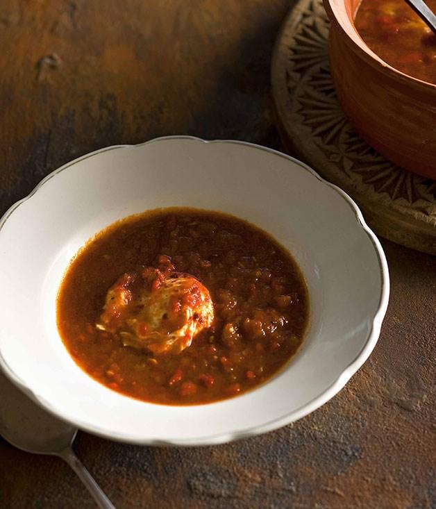Frank Camorra: Sopa de tomate al comino (Tomato and cumin soup)
