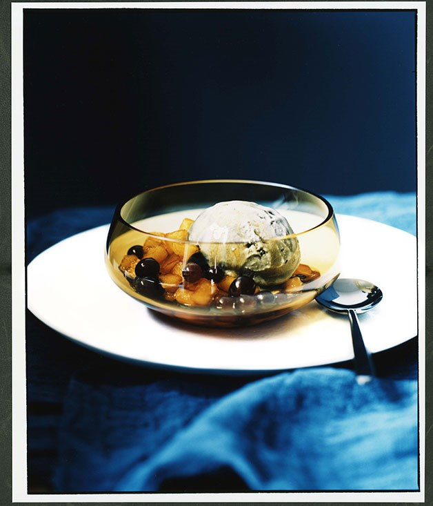 Apple in caramel with licorice and preserved lime ice-cream