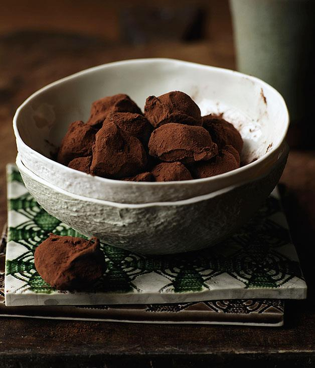 "[Chocolate truffles](http://www.gourmettraveller.com.au/recipes/chefs-recipes/chocolate-truffles-7144|target=""_blank"")"