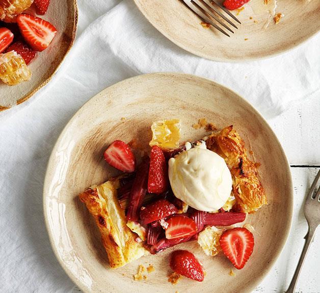Rhubarb and ricotta tart