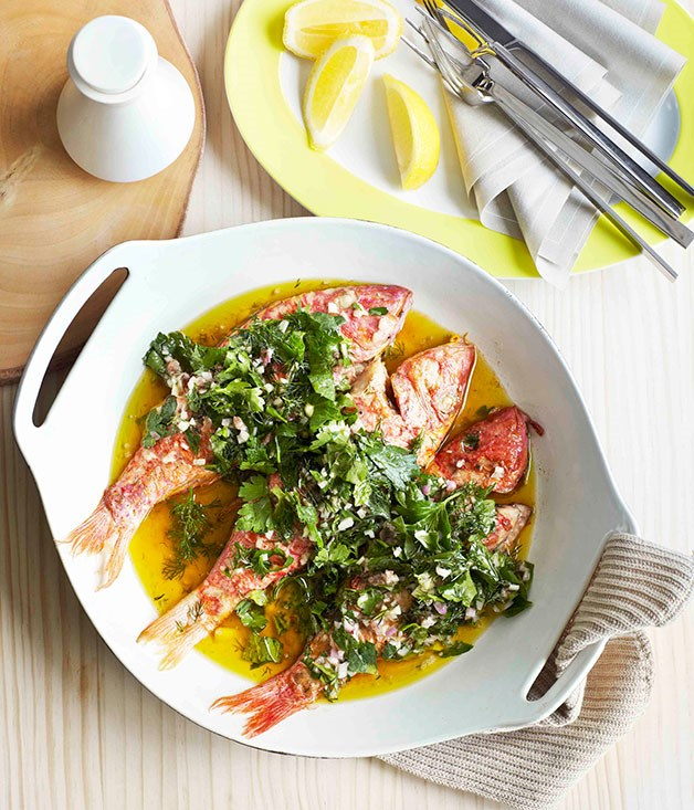 Baked red mullet with lemon dressing
