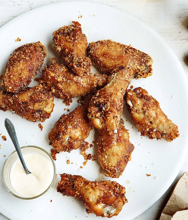 Fried chicken wings with coleslaw milk