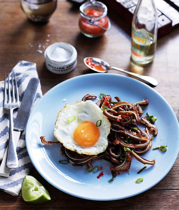 Pigs' ears with chilli, lime and fried egg