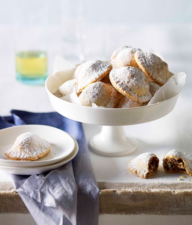"**[Patouda](http://www.gourmettraveller.com.au/recipes/browse-all/patouda-10955|target=""_blank"")**"