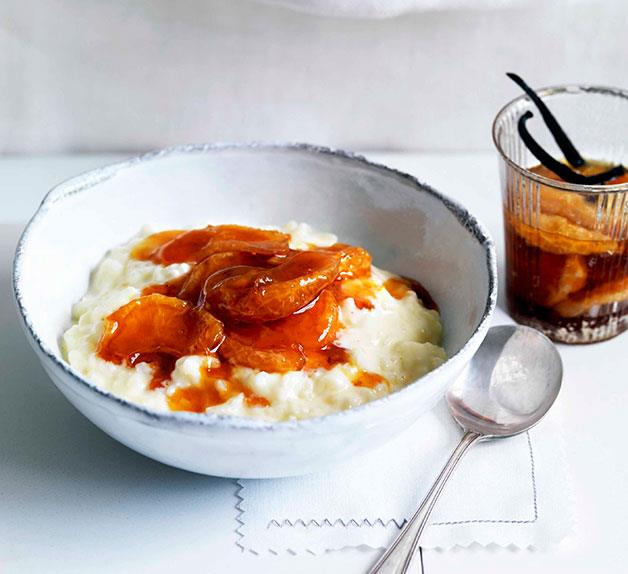Rice pudding with vanilla and caramelised mandarin compote