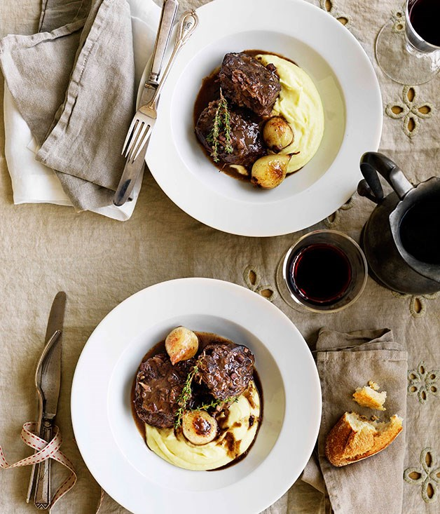 **Estouffade de boeuf bourguignon** **Estouffade de boeuf bourguignon**    [View Recipe](http://gourmettraveller.com.au/estouffade-de-boeuf-bourguignon.htm)     PHOTOGRAPH **WILLIAM MEPPEM**