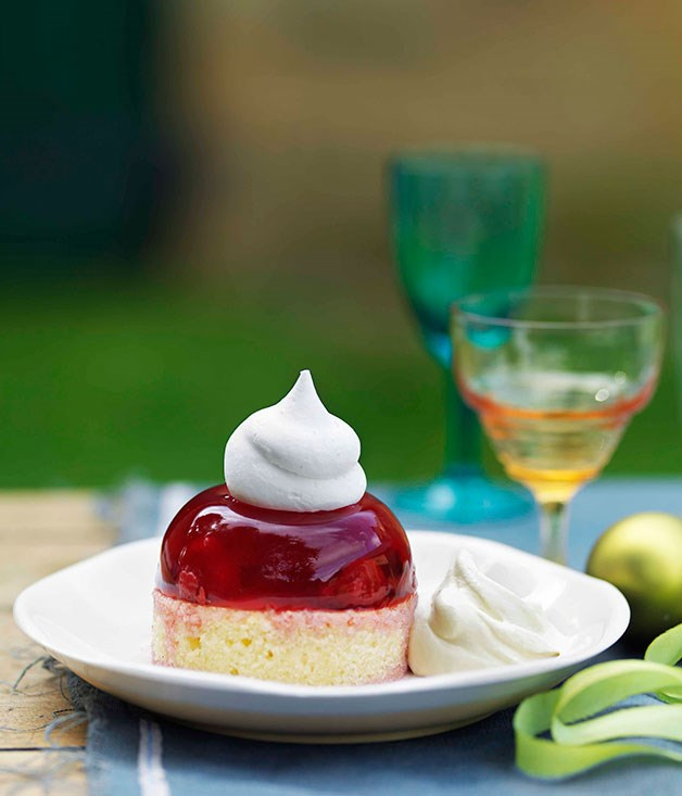 "[**Raspberry meringue cakes with amaretto cream**](https://www.gourmettraveller.com.au/recipes/browse-all/raspberry-meringue-cakes-with-amaretto-cream-10596|target=""_blank"") <br><br>"