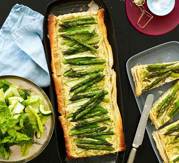 Asparagus, dill and onion tart