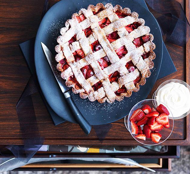 Strawberry and rose hazelnut tart