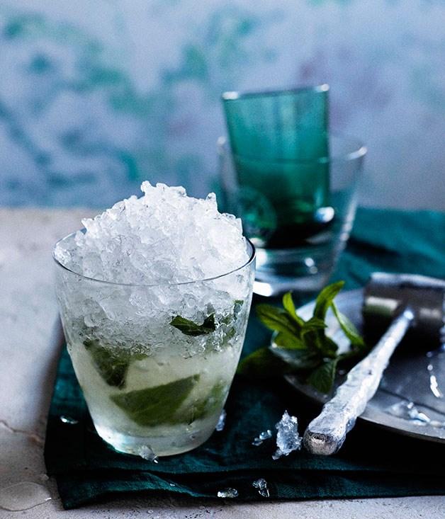 **Mint Julep** **Mint Julep**    [View Recipe](http://www.gourmettraveller.com.au/mint-julep.htm)     PHOTOGRAPH **BEN DEARNLEY**