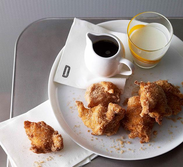 Apple and buttermilk fritters