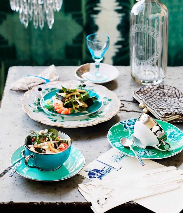 Pork crackling, prawn and watercress salad