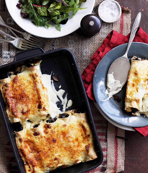 "**[Mushroom cannelloni](https://www.gourmettraveller.com.au/recipes/browse-all/mushroom-cannelloni-10821|target=""_blank"")**"