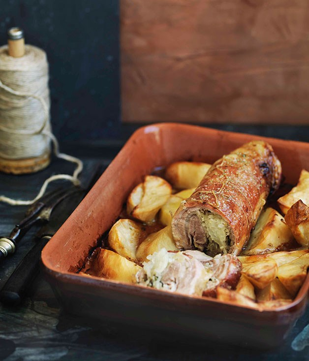 Rolled breast of lamb stuffed with onion and oregano
