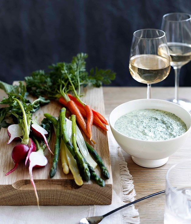 Herbed goat's curd with crudités
