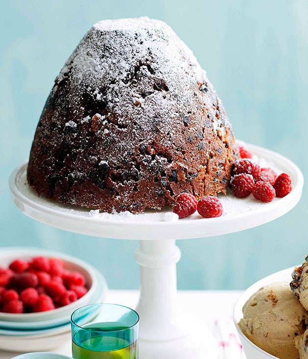 **Rich Christmas pudding with muscat custard** **Rich Christmas pudding with muscat custard**    [View Recipe](http://gourmettraveller.com.au/rich-christmas-pudding-with-muscat-custard.htm)     PHOTOGRAPH **BEN DEARNLEY**