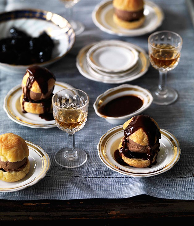 Choux puffs with chocolate and Armagnac ice-cream