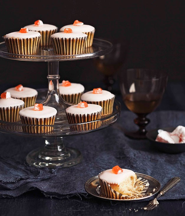 Rosy cupcakes with Turkish delight