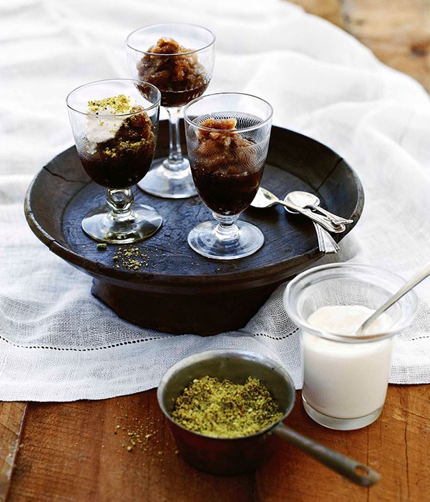 Coffee and cardamom granita with cream