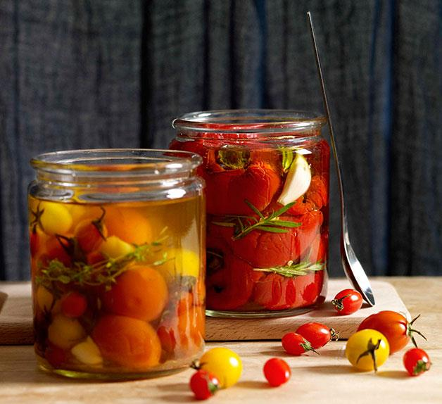 Tomatoes in oil
