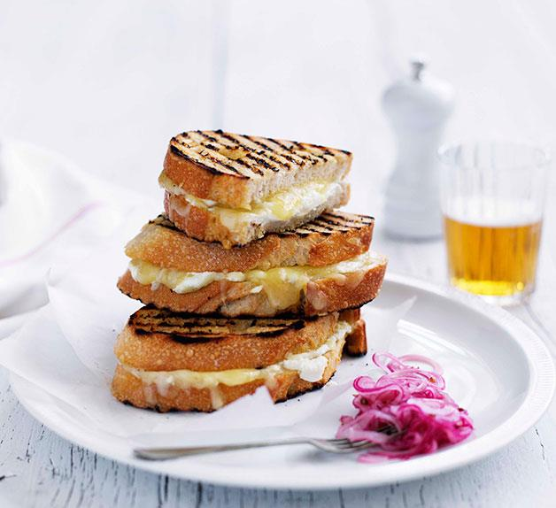 Grilled cheese sandwich with pickled Spanish onion