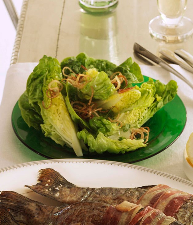 Green salad with crisp spring onion and verjuice dressing