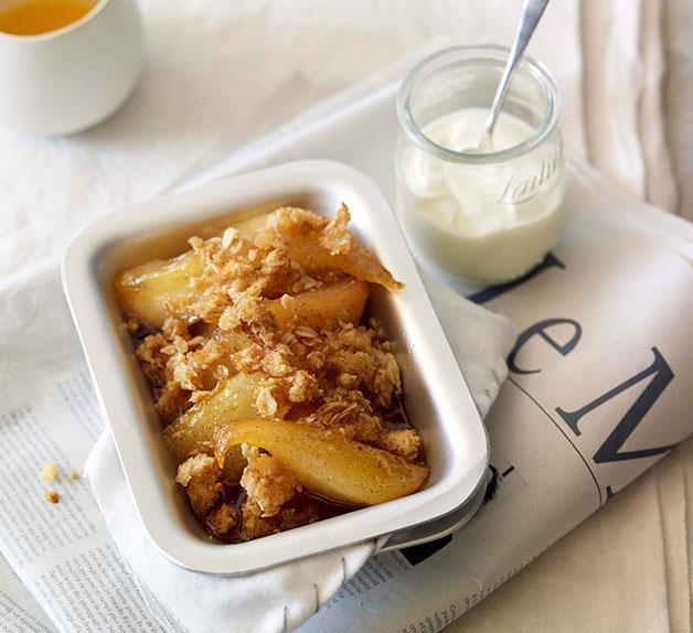 Honey-baked pear breakfast crumble