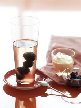 Pink Moscato and blackberry jellies with vanilla cream