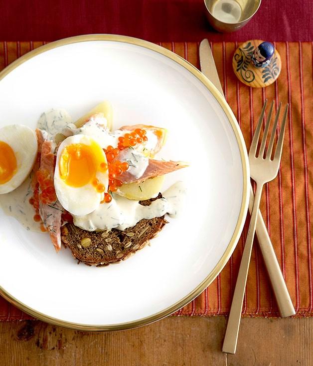 Smoked fish and egg salad on rye toasts