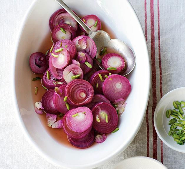 Pickled onion rings in rose vinegar