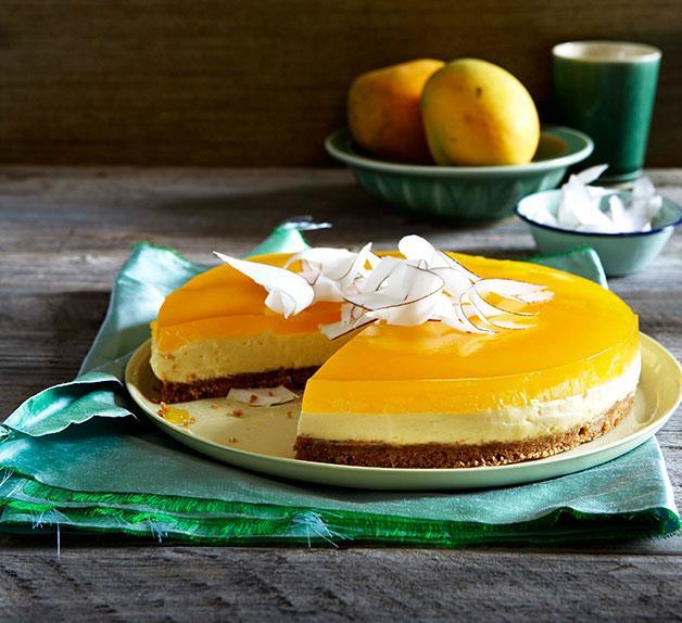 Mascarpone and coconut cake with mango jelly