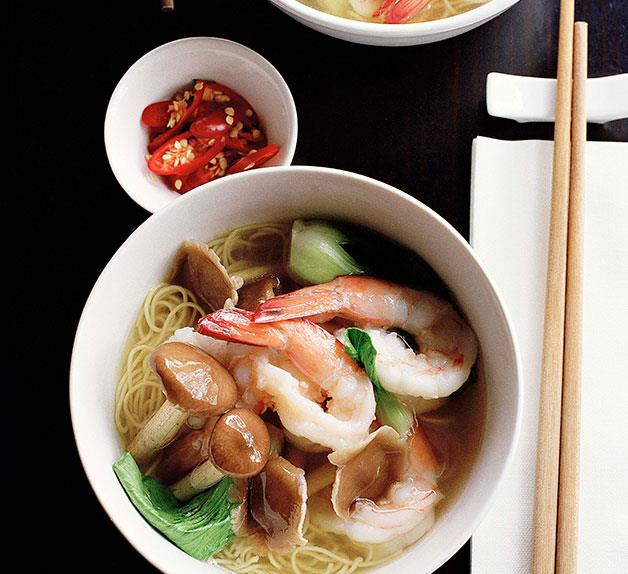 Chestnut mushroom and prawn noodle soup
