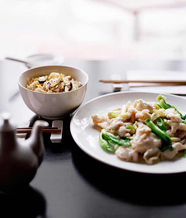 Stir-fried chicken and ginger