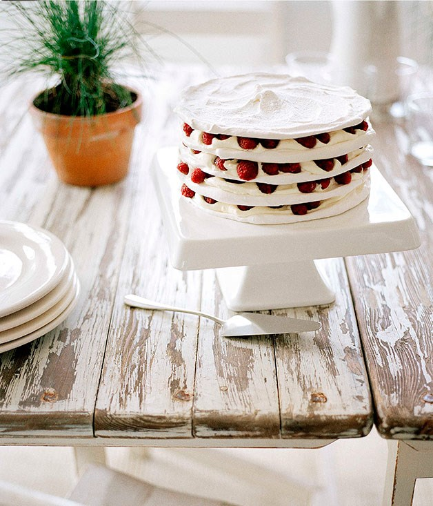 Meringue stack with raspberries and cream