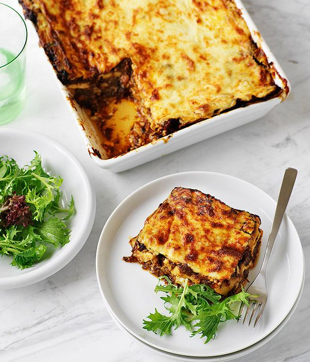 "**[Oxtail lasagne](https://www.gourmettraveller.com.au/recipes/browse-all/oxtail-lasagne-9615|target=""_blank"")**"
