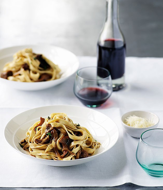 Tagliatelle with mushrooms