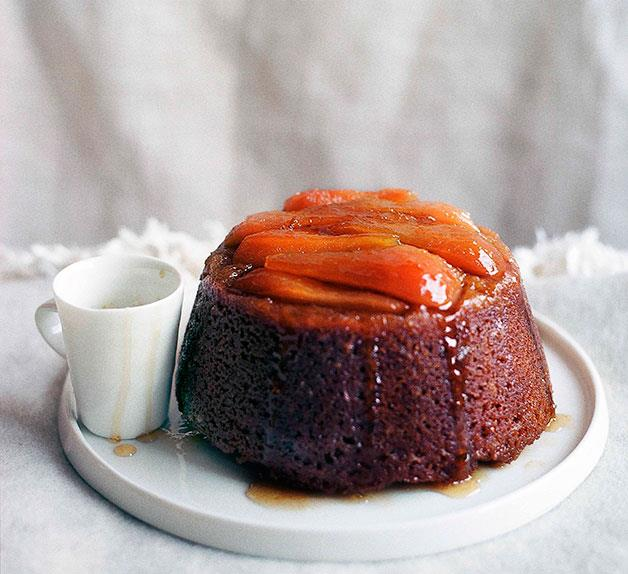 Steamed pear and ginger pudding