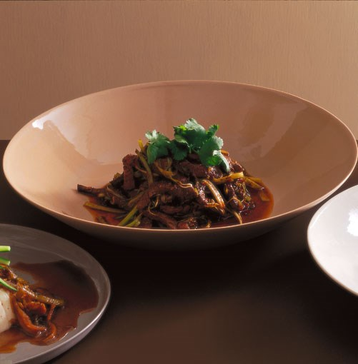 **Stirfried beef with Sichuan peppercorns and sweet bean sauce**
