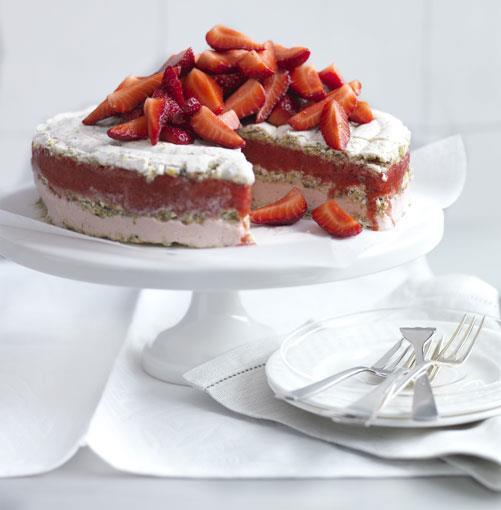 "[**Frozen strawberry and moscato vacherin**](http://gourmettraveller.com.au/frozen_strawberry_and_moscato_vacherin.htm|target=""_blank"")"