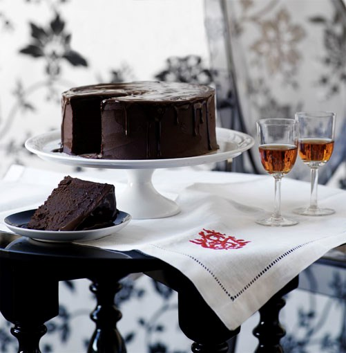 **Rich chocolate cake** **Rich chocolate cake**    [View Recipe](http://gourmettraveller.com.au/rich_chocolate_cake.htm)     PHOTOGRAPH **WILLIAM MEPPEM**