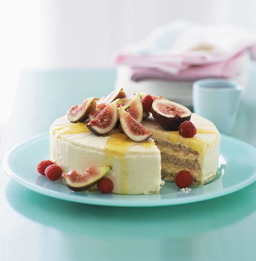 "[**Iced honey mascarpone and almond cake with fig salad**](http://gourmettraveller.com.au/iced_honey_mascarpone_and_almond_cake_with_fig_salad.htm|target=""_blank"")"