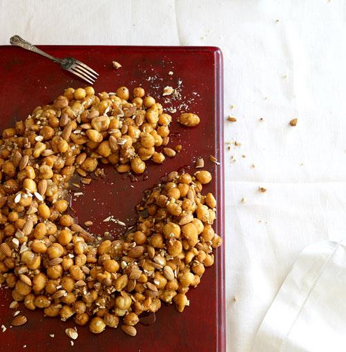 """[**Cicerchiata (honey ring cake)**](http://www.gourmettraveller.com.au/recipes/chefs-recipes/eugenio-maiale-cicerchiata-7434 target=""""_blank"""")"""